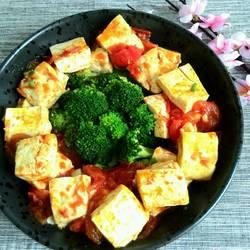 西红柿豆腐炒