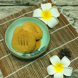 飘香花生饼