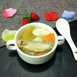 雪莲山药清鸡汤