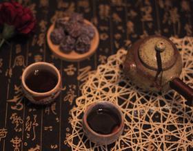乌梅普洱茶