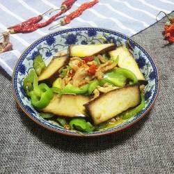 青椒豆腐干炒肉丝