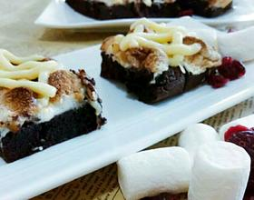 棉花糖布朗尼坚果蛋糕