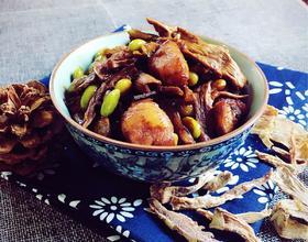 笋干毛豆炖肉