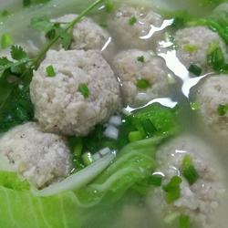 豆腐圆子汤