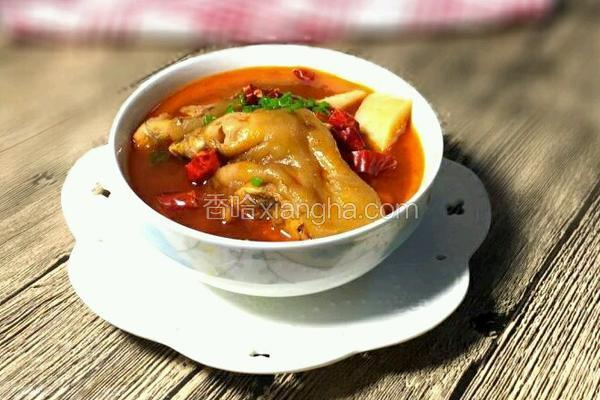 猪脚萝卜汤