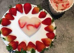 冻草莓酸奶砖