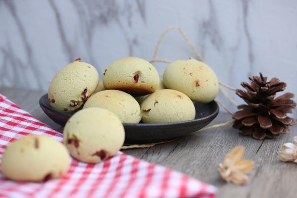 抹茶蔓越莓麻薯面包