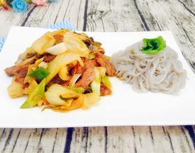 大葱酸菜炒肉丝
