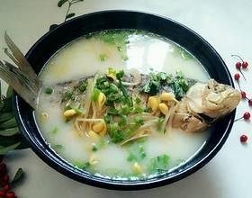 鲫鱼豆芽汤
