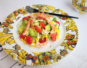 牛油果鲜虾鸡蛋沙拉
