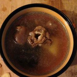 羊肉山药灵芝汤
