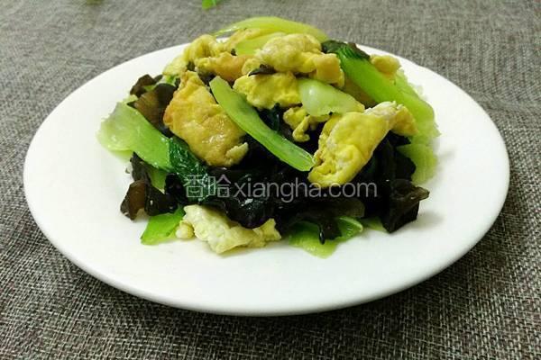 木耳青菜炒鸡蛋