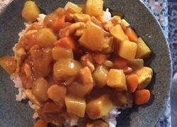 咖喱土豆鸡肉盖饭