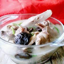 老鸭炖香菇