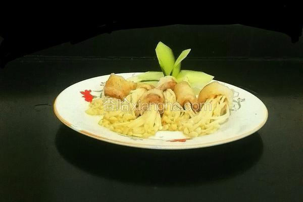 五花肉卷金针菇