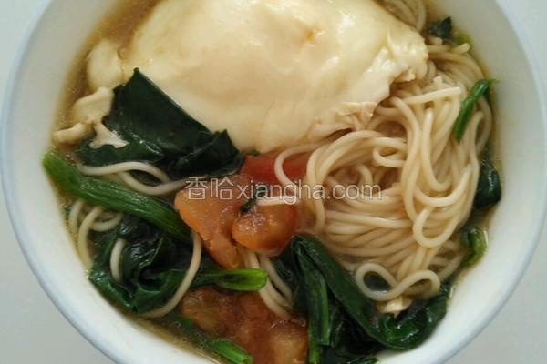 西红柿鸡蛋挂面汤