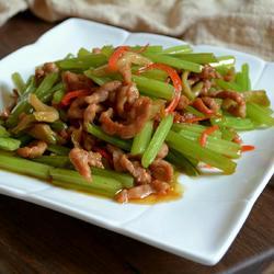 芹菜炒肉丝的做法[图]