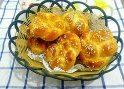 牛奶花型小面包