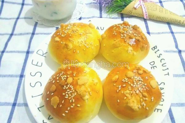葡萄干奶酥小面包