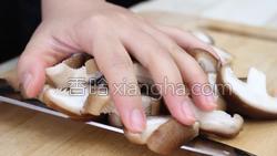 香菇炒肉的做法图解10