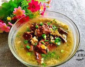 酸菜肉末猪血汤