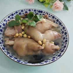 小黄豆炖猪脚肉骨头