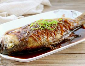 红烧鲈鱼[图]
