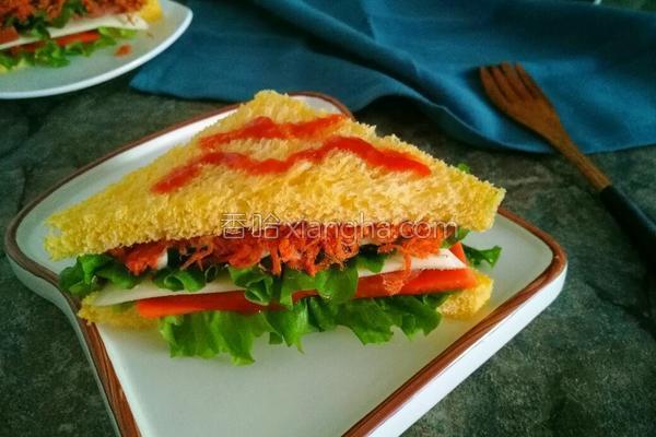 红肠芝士三明治