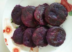 甜品……雪燕牛奶十煎紫薯饼