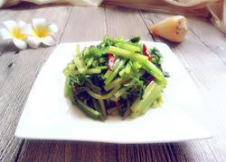 清炒小芹菜