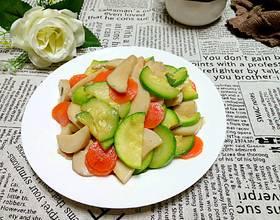 角瓜杏鲍菇炒肉