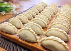 花边饺子(猪肉韭菜馅)