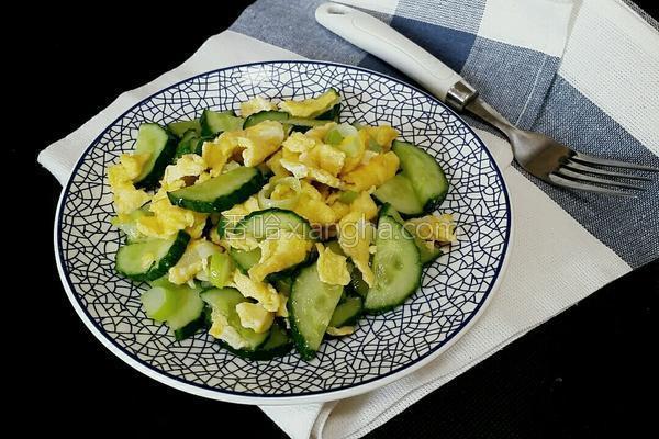黄瓜炒蛋的做法