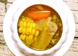 冬瓜胡萝卜玉米排骨汤