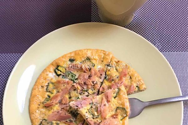 减脂早餐:金枪鱼燕麦披萨