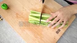 麻酱黄瓜的做法图解4