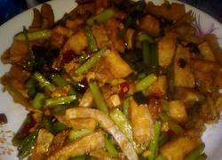 蒜苔炒豆腐丝
