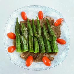 香煎牛肉秋葵