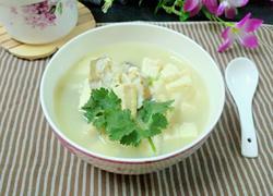 清炖鳕鱼豆腐汤