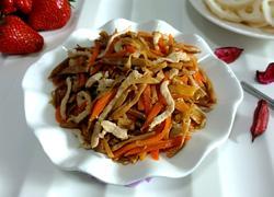黄花菜炒肉丝