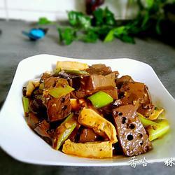 家常豆腐猪血的做法[图]