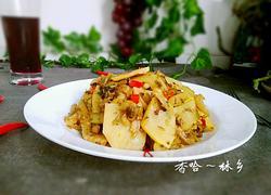 猪皮腌菜炒春笋