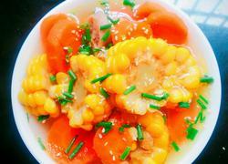 胡萝卜玉米炖筒骨汤