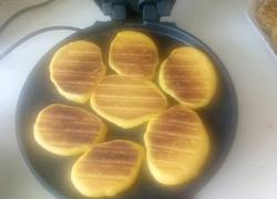 苞米面大饼子