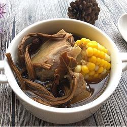 茶树菇猪骨汤的做法[图]