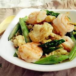 鸡蛋鲜虾炒芦笋