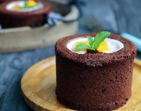可可杯子蛋糕(覆盆子酸奶馅)