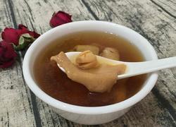 猴头菇鱼胶莲子炖瘦肉汤