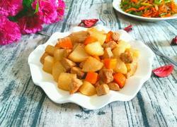 白萝卜炖肉丁