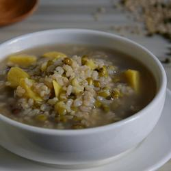 糙米绿豆红薯粥